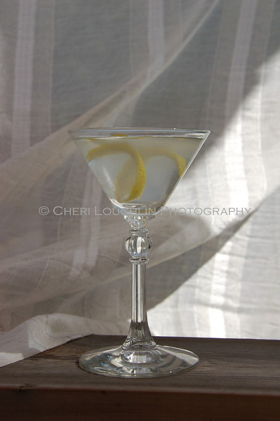"Martini - Summer Breeze 1<br /> Classic Cocktails recipe link on Intoxicologist.net <a href=""http://bit.ly/1qwuOqh"">http://bit.ly/1qwuOqh</a>"