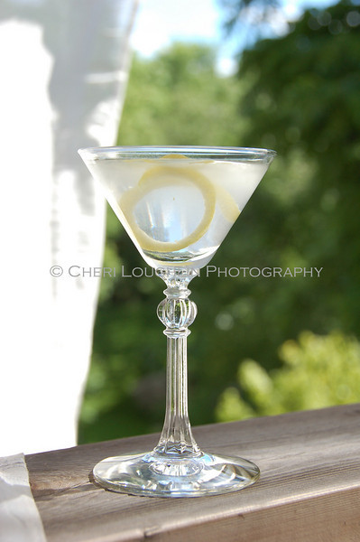 "Martini - Summer Breeze 4<br /> Classic Cocktails recipe link on Intoxicologist.net <a href=""http://bit.ly/1qwuOqh"">http://bit.ly/1qwuOqh</a>"
