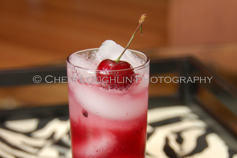 Black Cherry Collins 018