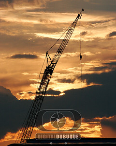 sunset_crane