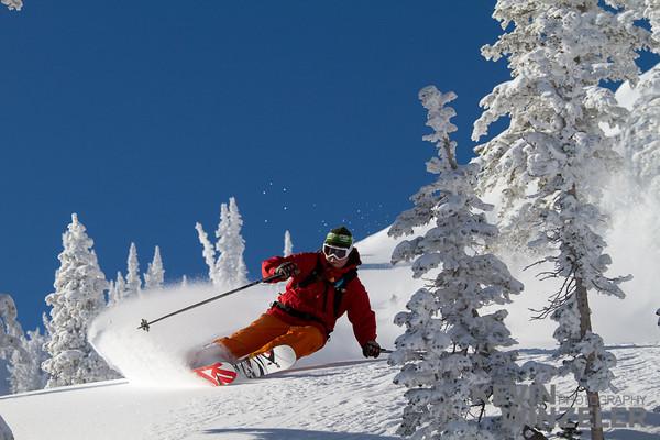 SkiingPhotography_WinterLifestyle_Skiing-Snowbasin-Utah-8103