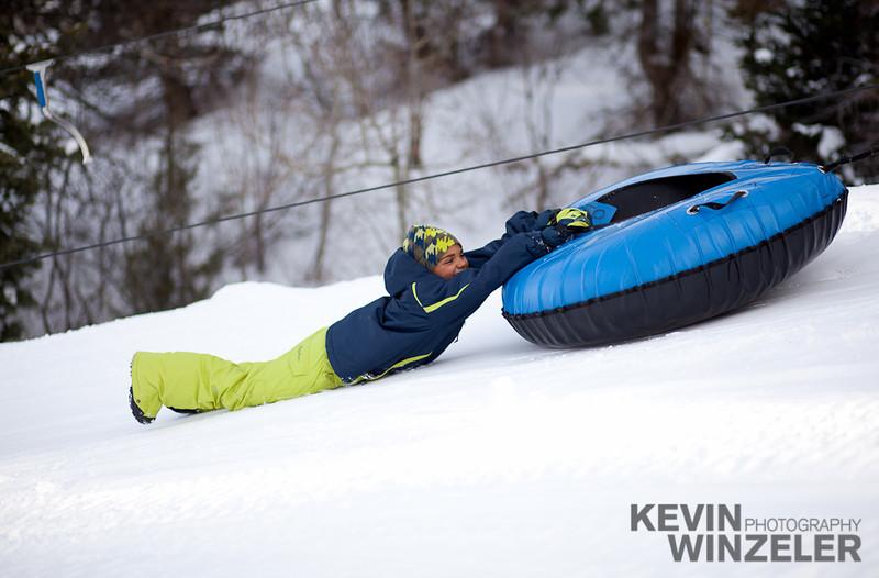 SkiingPhotography_WinterLifestyle_F11_WTR_RST_KWUT-9737