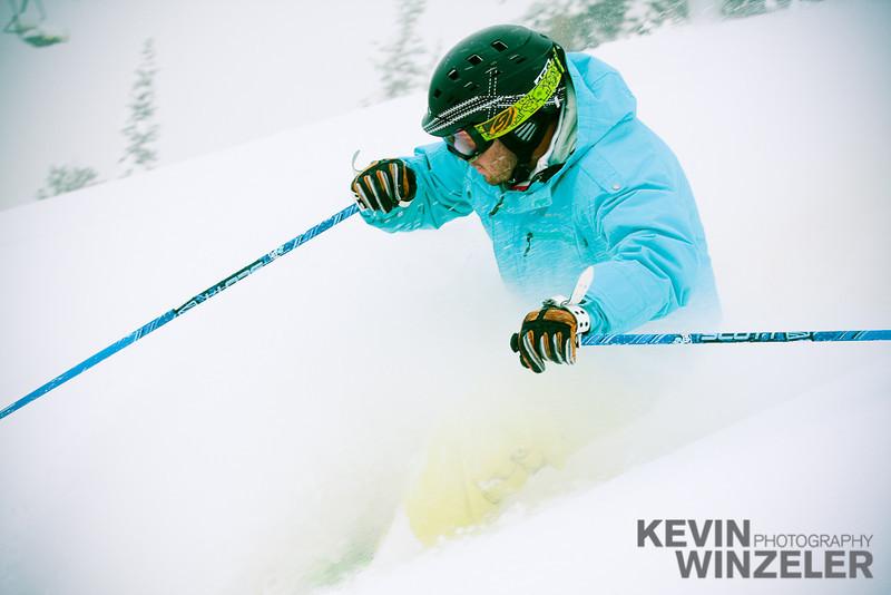 SkiingPhotography_WinterLifestyle_Snowbird_9793