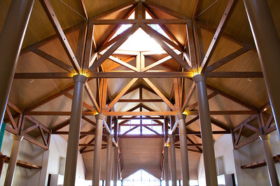 Ceiling structure in a building