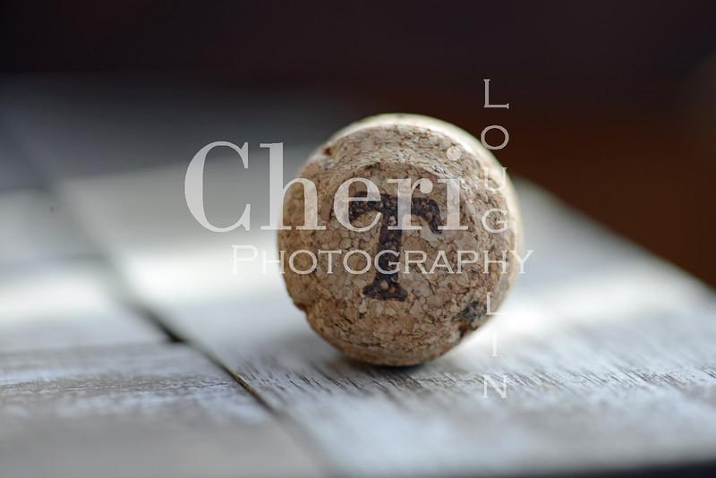T Champagne Cork 604