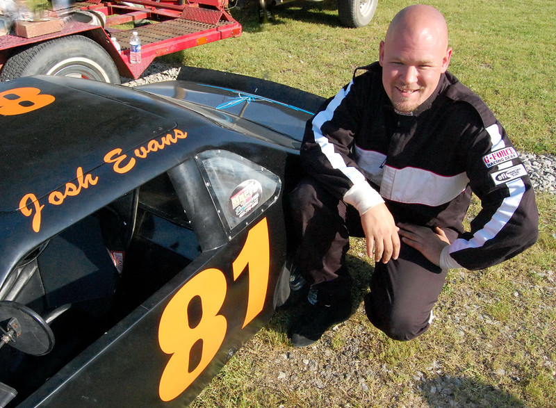 Mini Cup and to compete in Late Model Sportsman Driver:Josh Evans Car #81 Hometown:Newport TN Sponsors:Double E Lawn Service, For Heavens Cake First Race:1998 Bull Gap, Tn.Open Wheel First Win :2010- Newport Tn