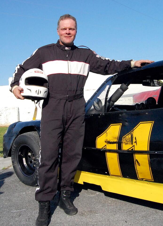 "Street Stock Driver:Herb Maniette Car #11 Hometown:Newland, NC Sponsors:Sup""herb"" gutter, Valley Print, Inc. Avstar-technical Services First Race:2009- Tri County Speedway. Hudson, NC First Win :N/A"