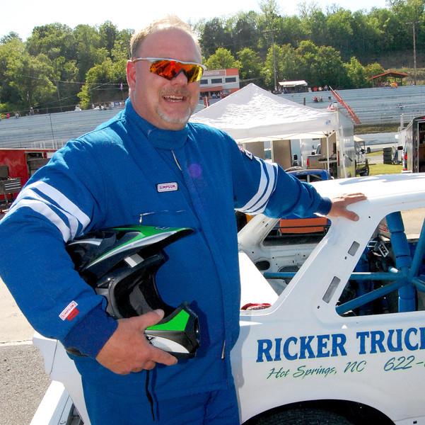 Front Wheel Drive Driver:Shane Thomas Car #47 Hometown:Marshall, NC Sponsors:Ricker Trucking, Allens Wrecker Service First Race:2008- Newport TN. First Win :2008 Newport TN. FWD- set track record