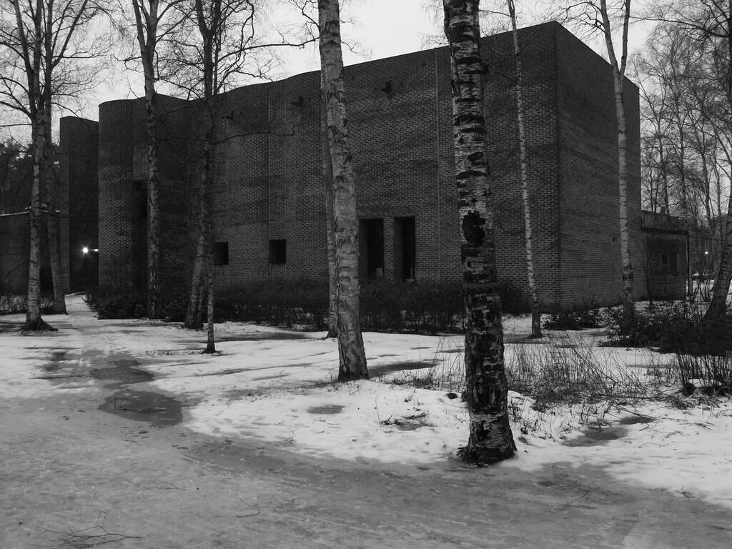 Markuskyrkan, Björkhagen (Stockholm), by Sigurd Lewerentz. January 2009.