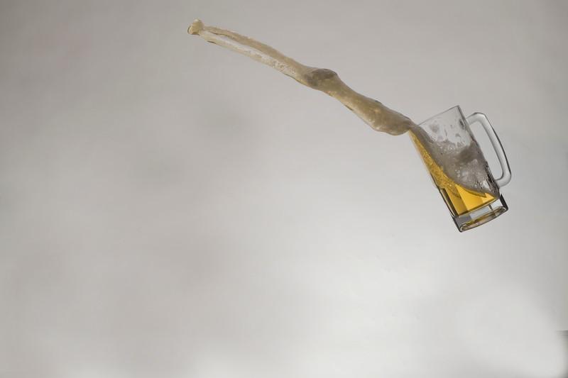 Beer throwing