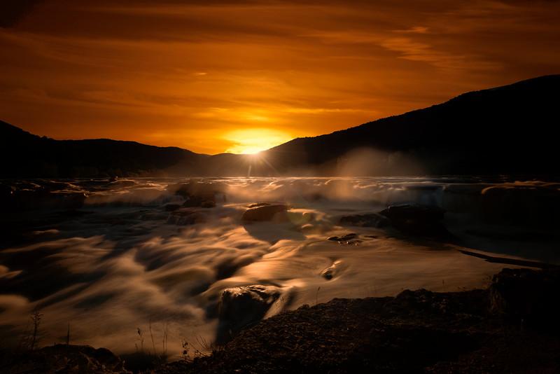 Evening sunset at Sandstone Falls