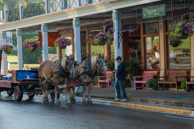 downtown Mackintac with delivery cart