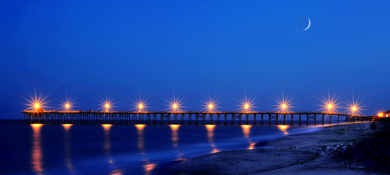 """Pier on ocean.............................to purchase - <a href=""""http://bit.ly/Xedlbg"""">http://bit.ly/Xedlbg</a>"""