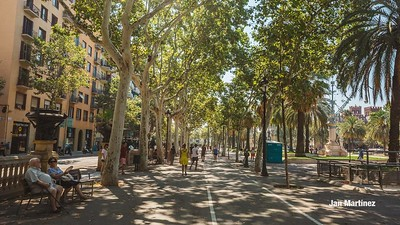 ArcDelTriomf Classic Pedestrian Tree Monument July Classic July Bcn-18