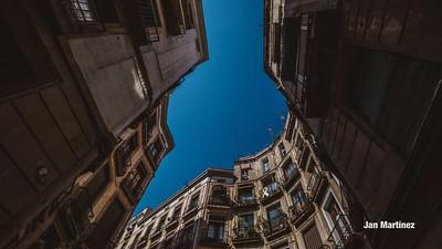 Milans Street Gotic Classic Narrow Bcn-16