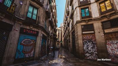 Milans Street Gotic Classic Narrow Bcn-12