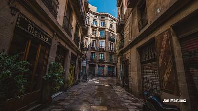 Milans Street Gotic Classic Narrow Bcn-5