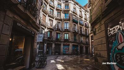 Milans Street Gotic Classic Narrow Bcn-7