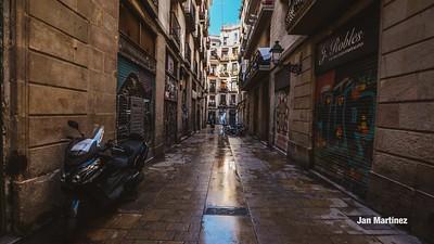 Milans Street Gotic Classic Narrow Bcn-17