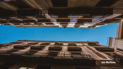 Milans Street Gotic Classic Narrow Bcn-4