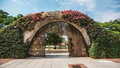 Poblenou Centre Park Area Flowers Walls Park Street Modern Bcn-18