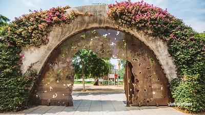 Poblenou Centre Park Area Flowers Walls Park Street Modern Bcn-16