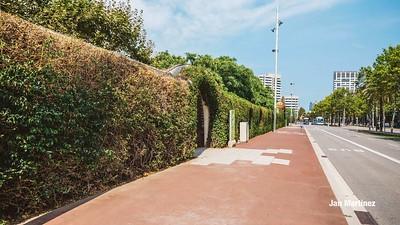 Poblenou Centre Park Area Flowers Walls Park Street Modern Bcn-6