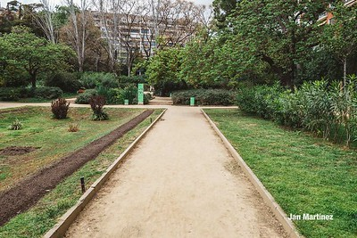 Turo Park Classic Cloudy Stairs Bcn-14