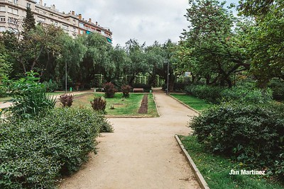 Turo Park Classic Cloudy Stairs Bcn-22