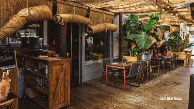 Ethniko Bar Club Bcn-47