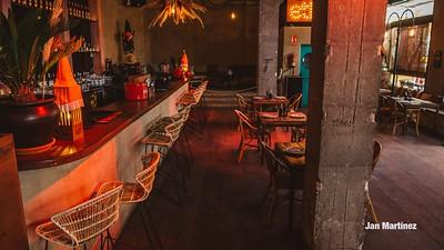 Ethniko Bar Club Bcn-28