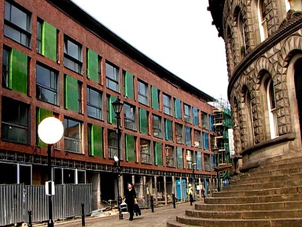 JustFacades.com Cloth Hall St Leeds Pyrolave (2).JPG