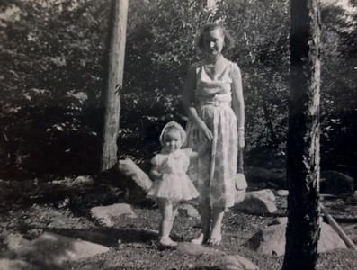 Jenny Stone and Wilma Stone, 1957