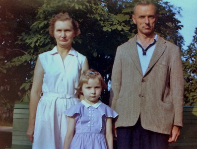Wilma, Charles and Jenny Stone, 1962 Smiling was optional that year