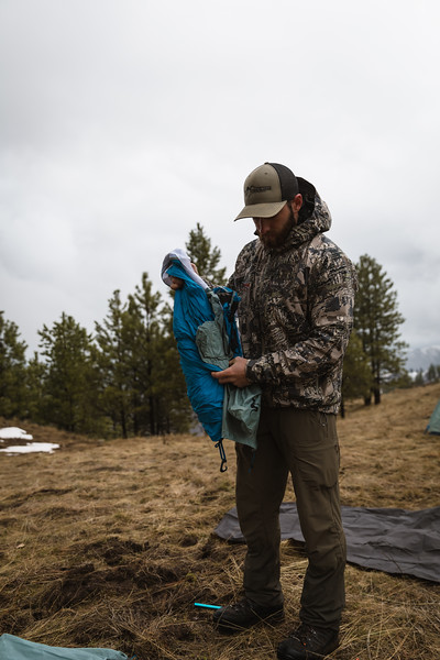 Casey Barton (_caseybarton_) deploying the Skyscraper 2P while shed hunting in Oregon.