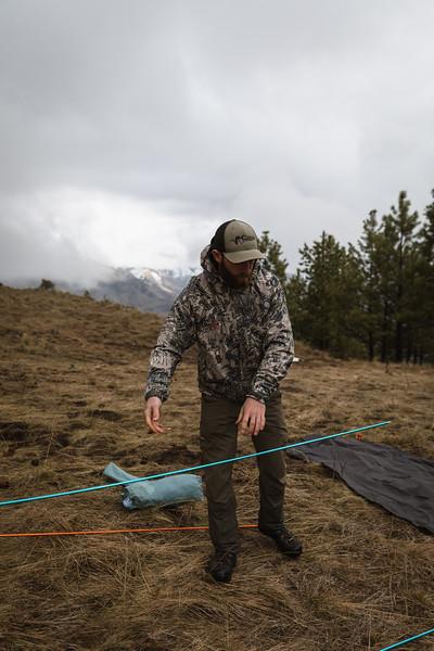 Casey Barton (_caseybarton_) deploying the Skyscraper 2P while shed hunting in Oregon.