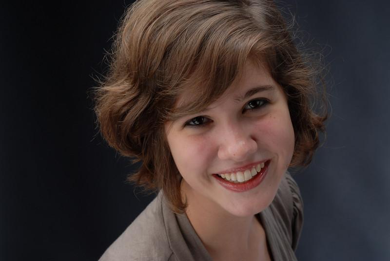 Amanda Holcombe 001