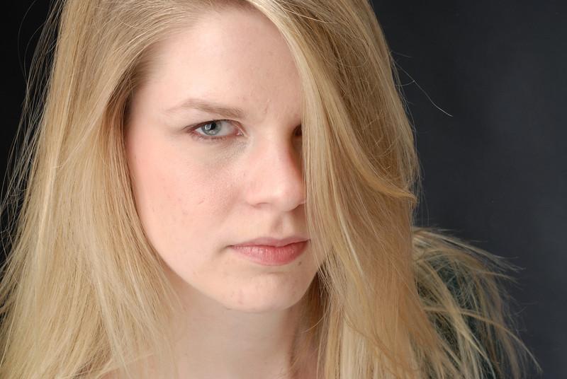 Laura Lashley 019