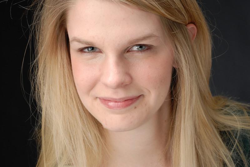 Laura Lashley 021