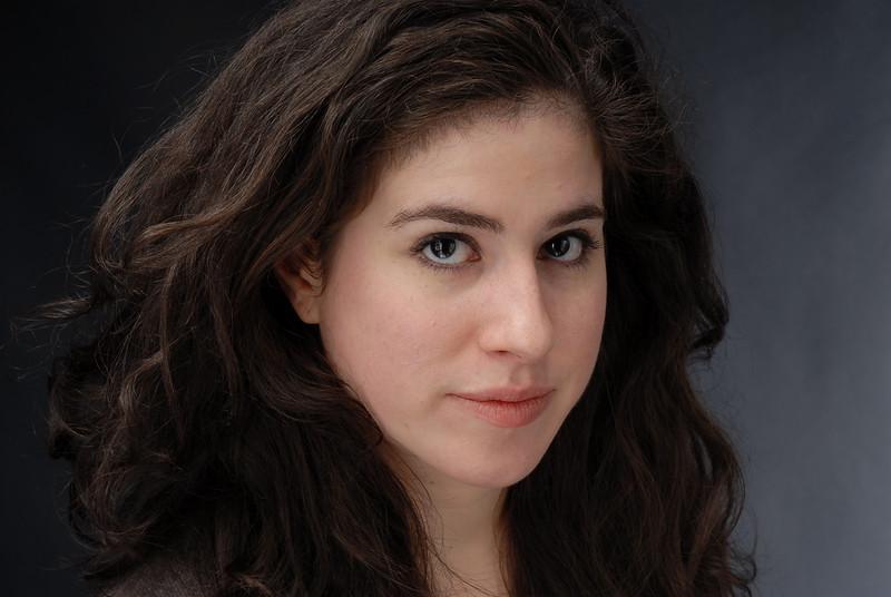 Lauren Cruz 010