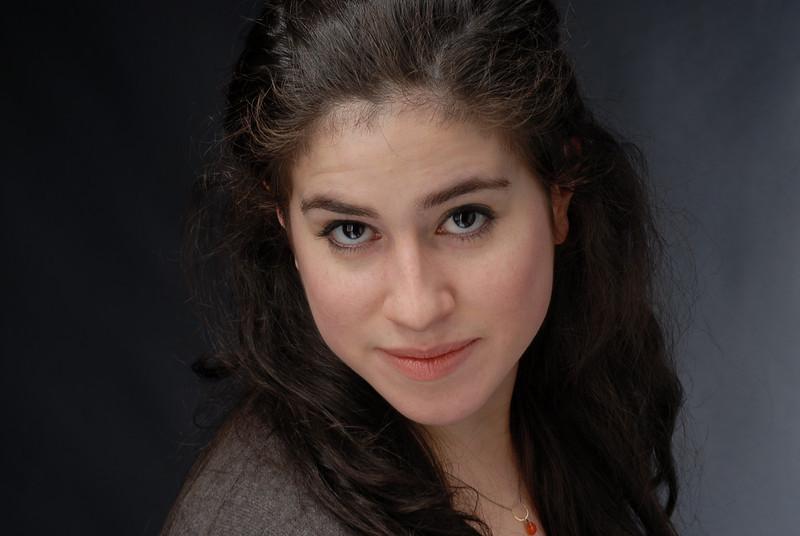 Lauren Cruz 008