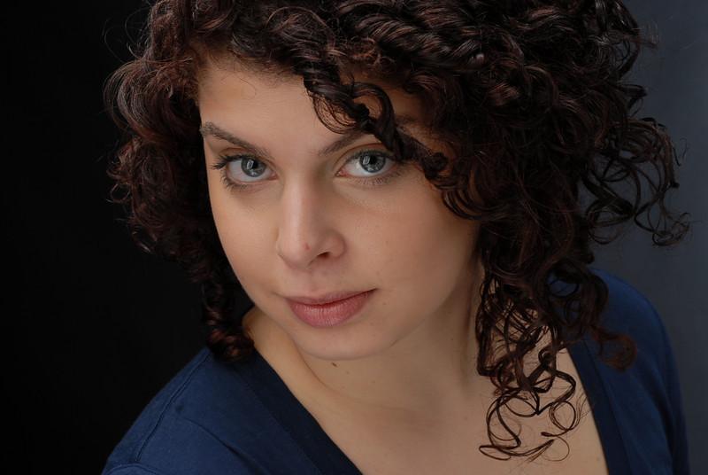 Sarah Knittel 010