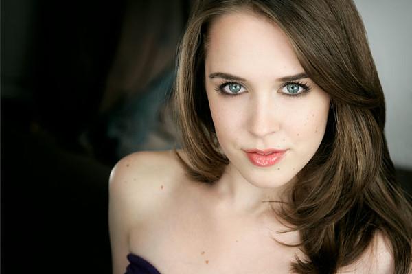 Rachel Lewis 001b