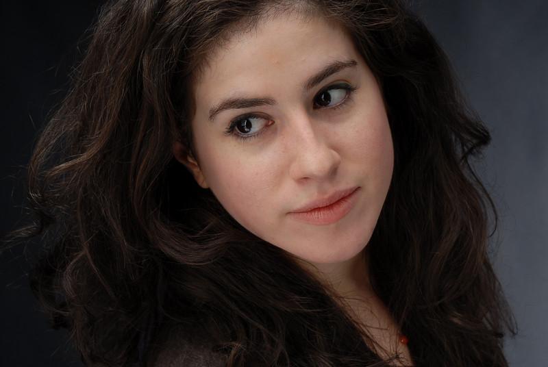 Lauren Cruz 011