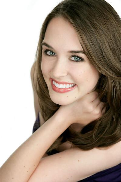 Rachel Lewis 001c