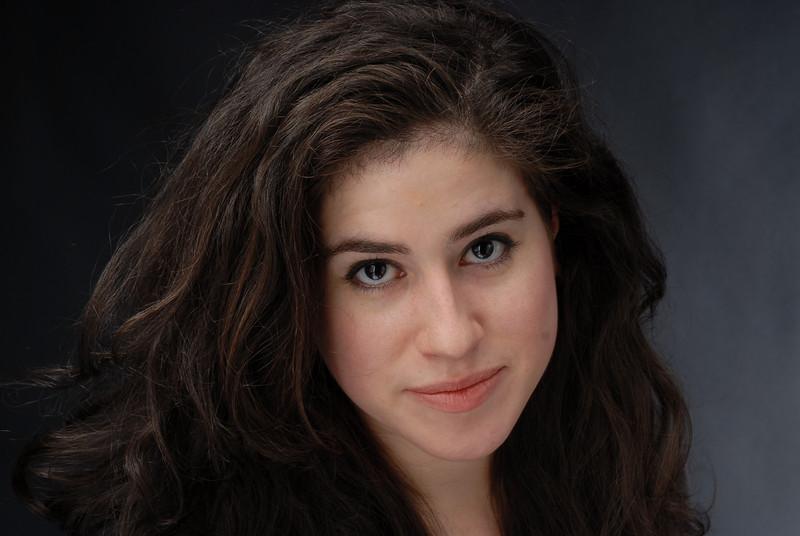 Lauren Cruz 009