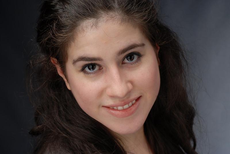 Lauren Cruz 005