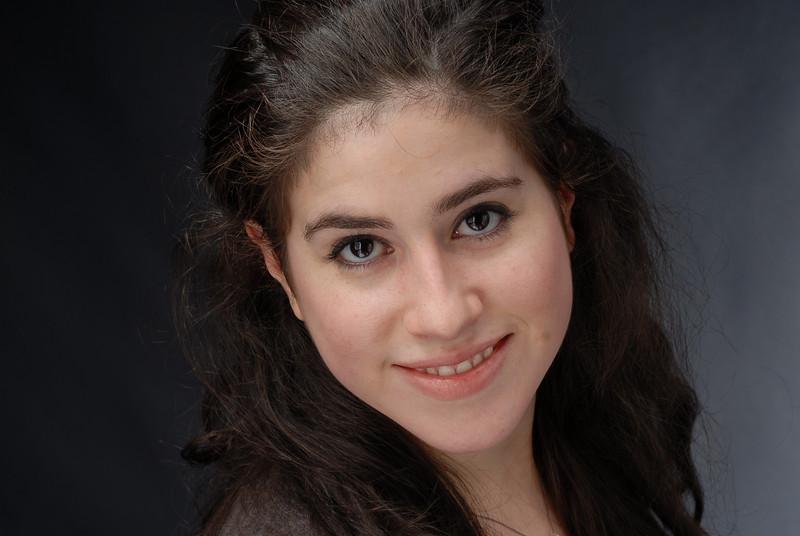 Lauren Cruz 004