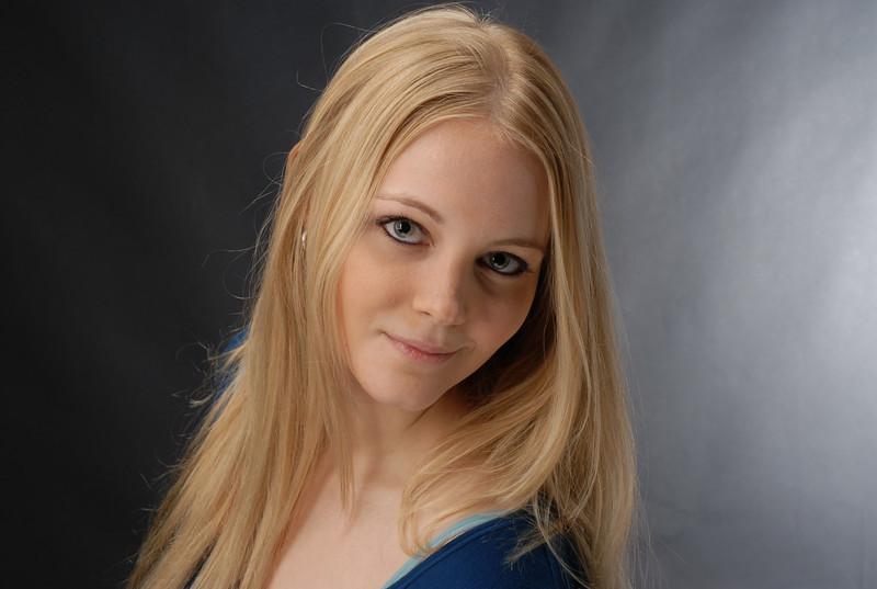 Amanda Sterling  007
