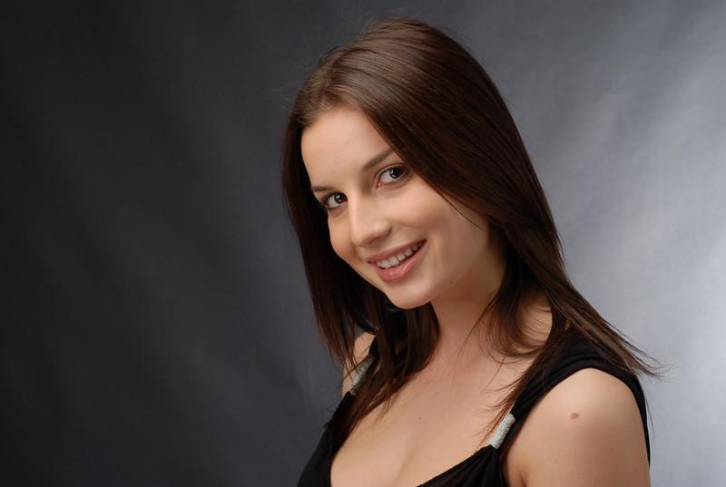 Heather Morris  009